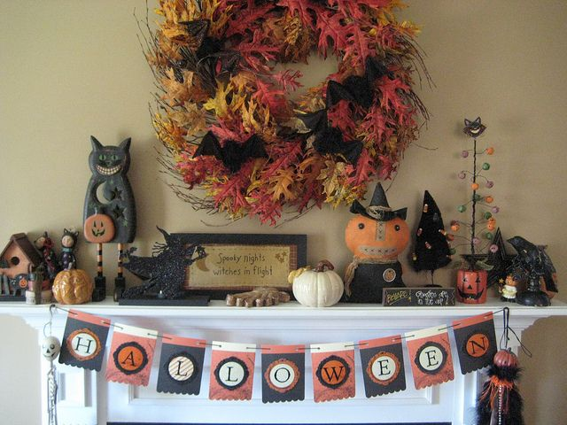50 Great Halloween Mantel Decorating Ideas | DigsDigs - Love the vintage feel