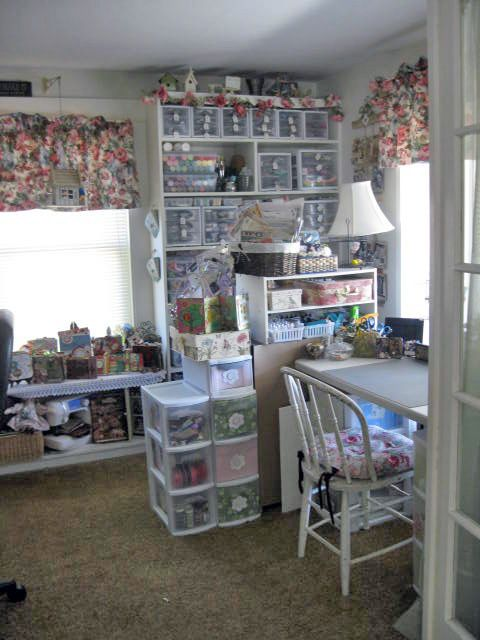 lori's shabby chic craft room / scrap room - so organized