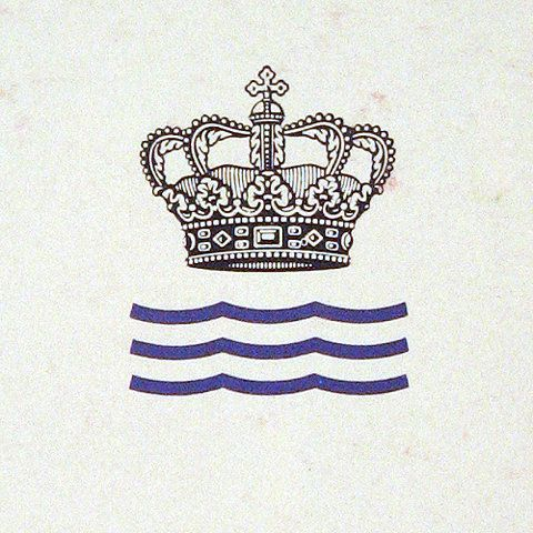 crown tattoo? minus the blue waves of course.  @Kayleigh Walters