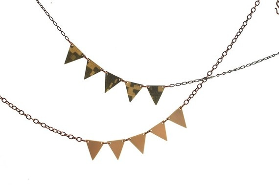 Penants on a necklace, how pretty!Banners Necklaces, Triangles Necklaces, Recycle Necklaces, Triangles Recycle, Geo Inspiration, Modern Triangles, Buntings Necklaces, Geometric Triangles, Geometric Modern