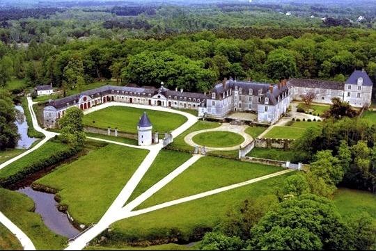Château de Gizeux Bourgueil
