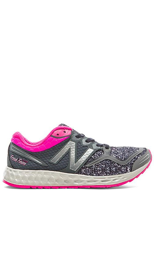 New Balance Fresh Foam Zante Sneaker in Grey & Pink | REVOLVE