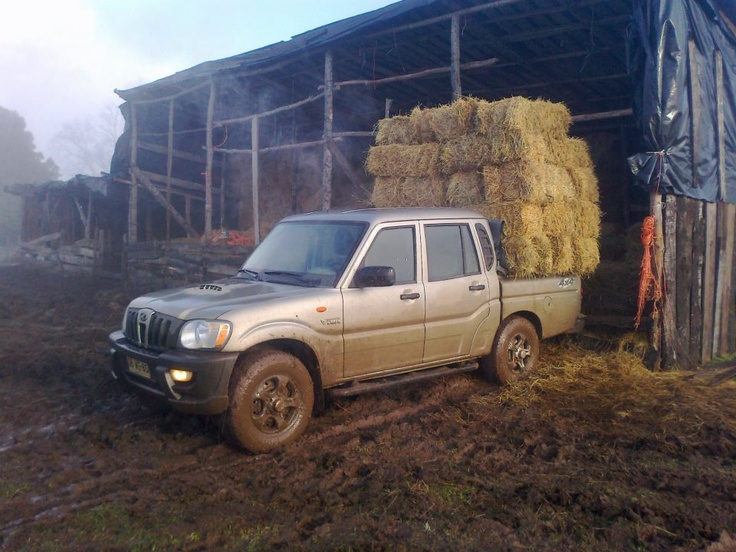 The Mahindra Goa pickup is a real working car!