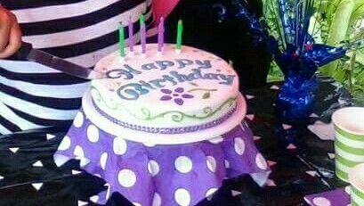 My girls 7th birthday cake. This was a rush job, totally fell in love with using candy pens this time.