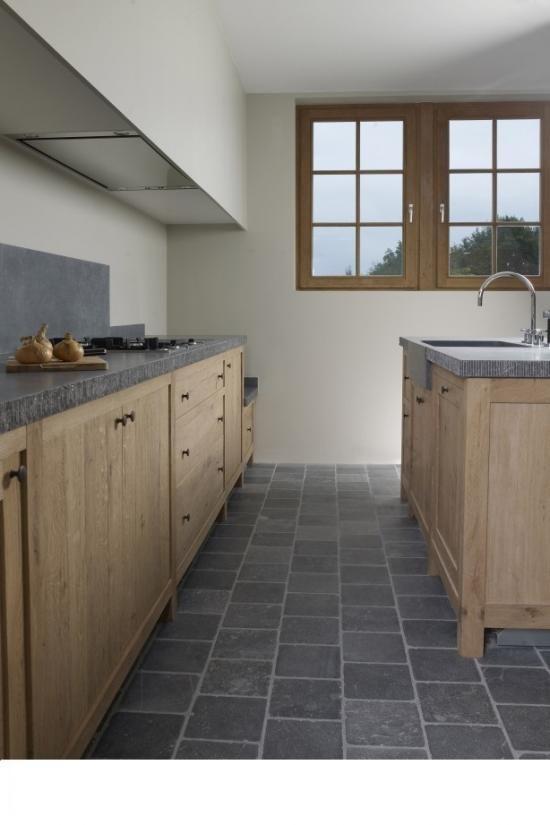 blauwe steen vloer keuken - Google Search