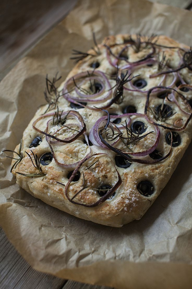 Stuffed Focaccia with Red Onion, Olives & Rosemary. See recipe on http://honestmunchies.com.