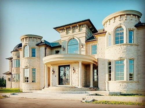 Simply Breathtaking!!😍😍 @andrea__harvey  #realstate #dreamhome #dreamhomes #dreamhome555 #interior #architecture #luxury #interior #interior123 #interiordesign#home #house #luxuryhomes #style #design #inspiration #dreamboard #dreams #entrepreneur #possibilitiesareendless #positivevibes #endlesspossibilities #picoftheday  #photooftheday #castle #beach #mansion #takeactionfamily - posted by Andrea Harvey https://www.instagram.com/andrea__harvey - See more Luxury Real Estate photos from Local…