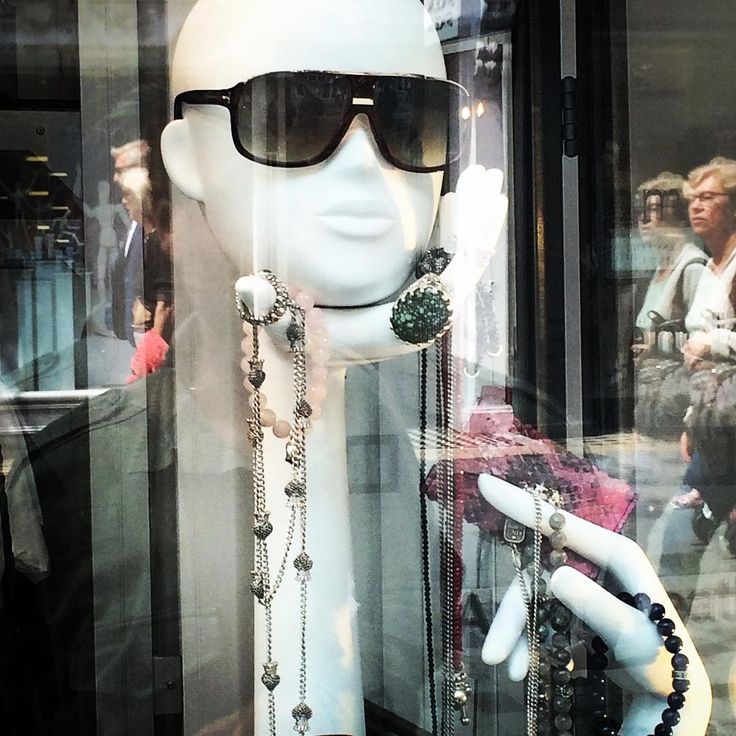 Elegant feminine collection of window display heads and hands. #mannequin #retail #fashion #VisualMerchandising #boutique