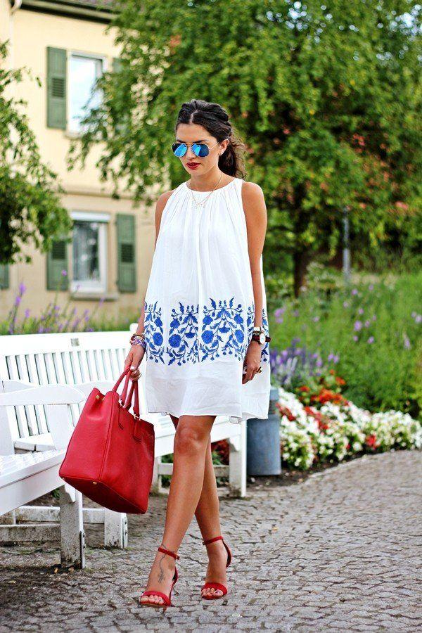 Los vestidos holgados son perfectos para la primavera y tener un look súper chic. #outfit #spring #fashion