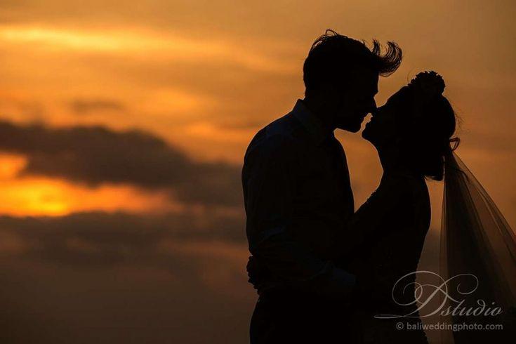 bali sunset wedding-photographer