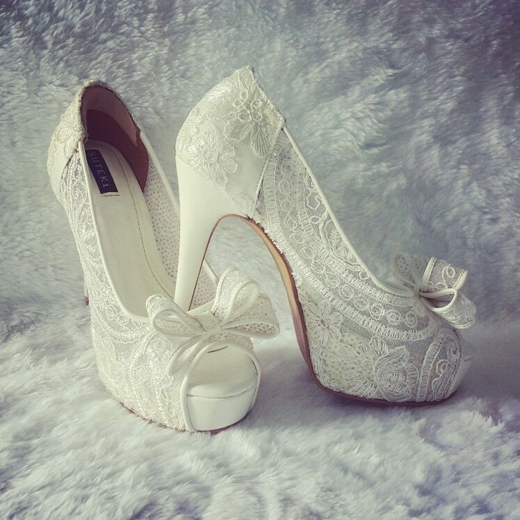 Wedding lace offwhite