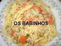 AS PAPINHAS DOS BABINHOS: Esparguete a bolenhesa - http://aspapinhasdosbabinhos.blogspot.pt/2010/08/esparguete-bolenhesa.html