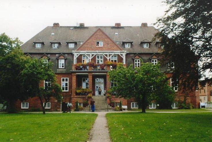 Guts- & Herrenhäuser / Gutshäuser - A / Alt Schwerin