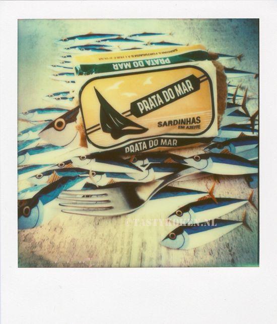 Sardines uit blik. Love them or hate them. Hoor je bij de liefhebbers? Dan ben je dapper en verdien je een recept voor een Sardine Sandwich!