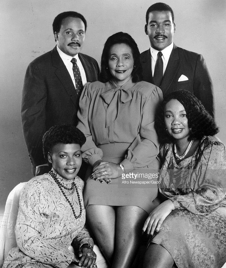 Portrait of Civil Rights activist Coretta Scott King (1927 - 2006) (center) as she poses with her children, 1980s. With her are Martin Luther King III (rear, left), Dexter Scott King (rear, right), Yolanda King (1955 - 2007), and Bernice King.