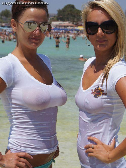 Wet tits porn pic 44