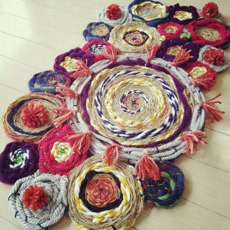 ダイソー毛糸でカラフル玄関マット★段ボール編みでつくる - 暮らしニスタ
