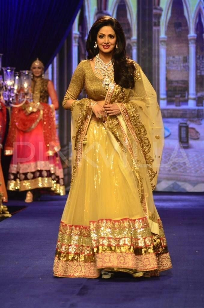 @ #IIJW2014 @SrideviBKapoor models #Jewelry by http://GolechaJewels.in/ Mumbai