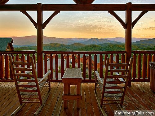 Here s that view from the deck again at  Mountain Top Retreat    a 1   9  JacuzziJacuzzi SwimmingForge RentalRental CabinCabin RentalsSleeps 9Bedroom. Top 25 ideas about Pigeon Forge Cabins  1 Bedroom on Pinterest