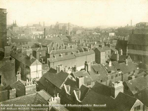 Aerial view of dense working-class housing in the Narrow Marsh area of Nottingham in 1919.  Note the 'blind backs' of some of the back-to-back houses. Windows and ventilation were only available on one side of the building.