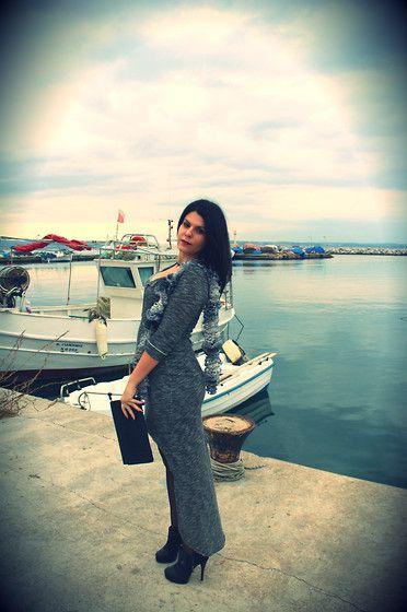 Οutfit: Grey Is The new black | Beauty Stars http://beautystars.gr/%CE%BFutfit-grey-is-the-new-black/