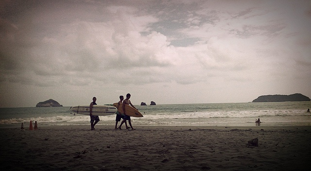 Wanna go surfin' right about now :P