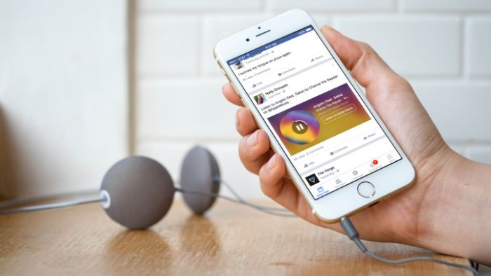 Facebook adds concert ticketing and opens up live streaming