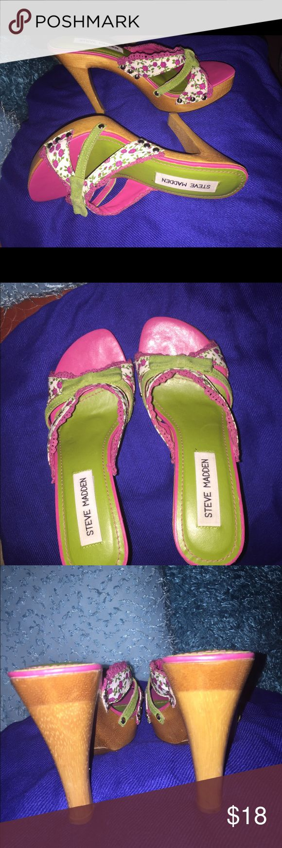 """Steve Madden Luckii Floral heel sandals size 5.5 Steven Madden -Lucki- Multicolor Floral high heel sandals size 5.5. Very good condition. The heel its a proximately 5"""". Steve Madden Shoes Heels"""