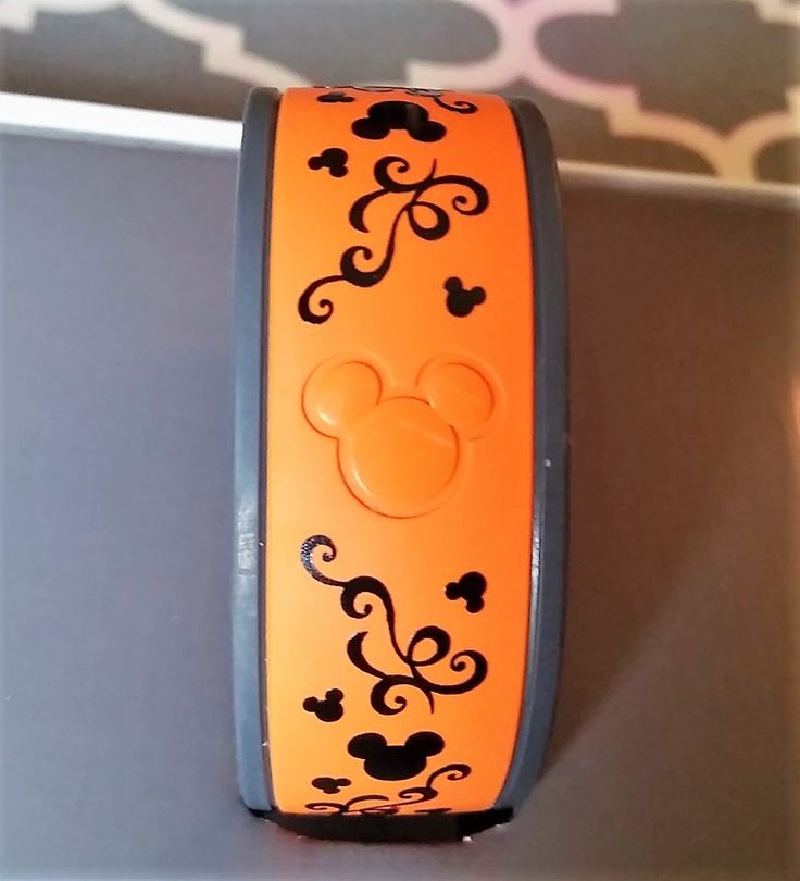 Magic band decal swirl disney decal by cyndybcreations on etsy https