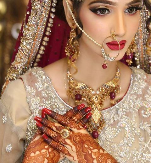 Wedding Hairstyle Price List: Kashee's Beauty Parlour Services And Price List 2018