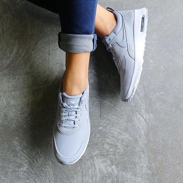 Sneakers women - Nike Air Max 95 premium black (©mytrendylifestyle)