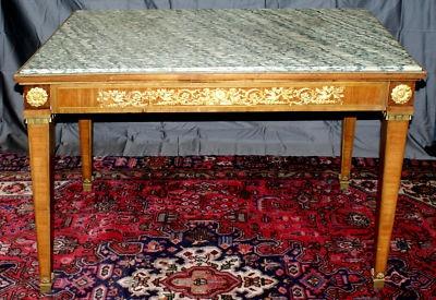 16 best ideas about antique bureaux on pinterest antiques partners desk and desks. Black Bedroom Furniture Sets. Home Design Ideas