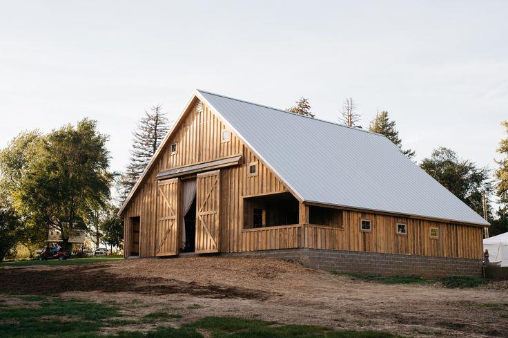 Iowa barn venue for rustic, country weddings!   Iowa ...