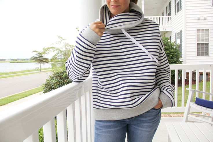 Women's Cowl Neck Sweatshirt – Free Pattern