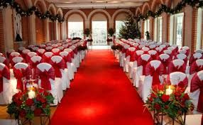 ♡ Red #winter #wedding #Ceremony set-up ... For wedding ideas, plus how to organise an entire wedding, within any budget ... https://itunes.apple.com/us/app/the-gold-wedding-planner/id498112599?ls=1=8 ♥ THE GOLD WEDDING PLANNER iPhone App ♥  For more wedding inspiration http://pinterest.com/groomsandbrides/boards/ photo pinned with love & light, to help you plan your wedding easily ♡