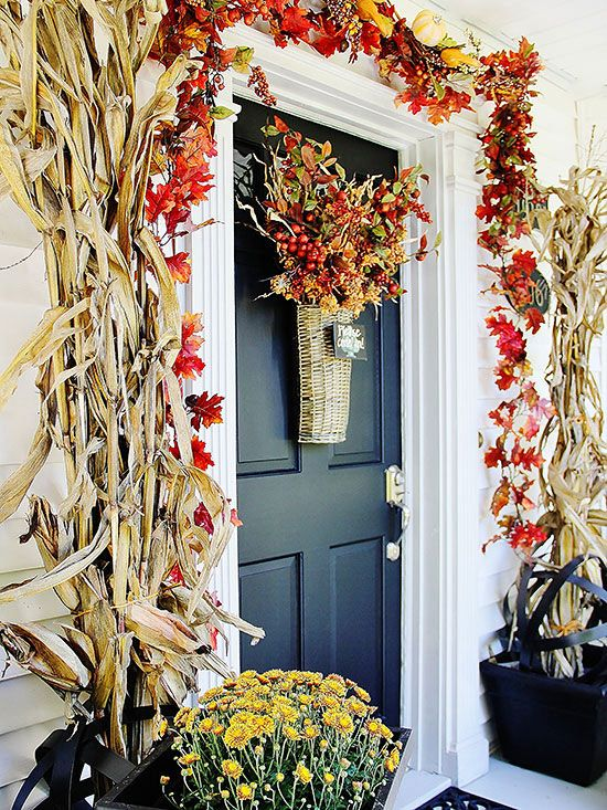 Pretty Front Entry Decorating Ideas for Fall & 8 best Holiday Doors images on Pinterest   Christmas decor Merry ...