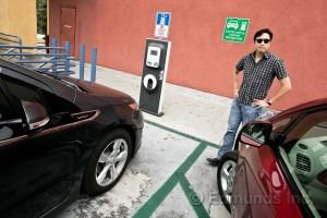 Electric Charging Station Etiquette for Plug-In Cars