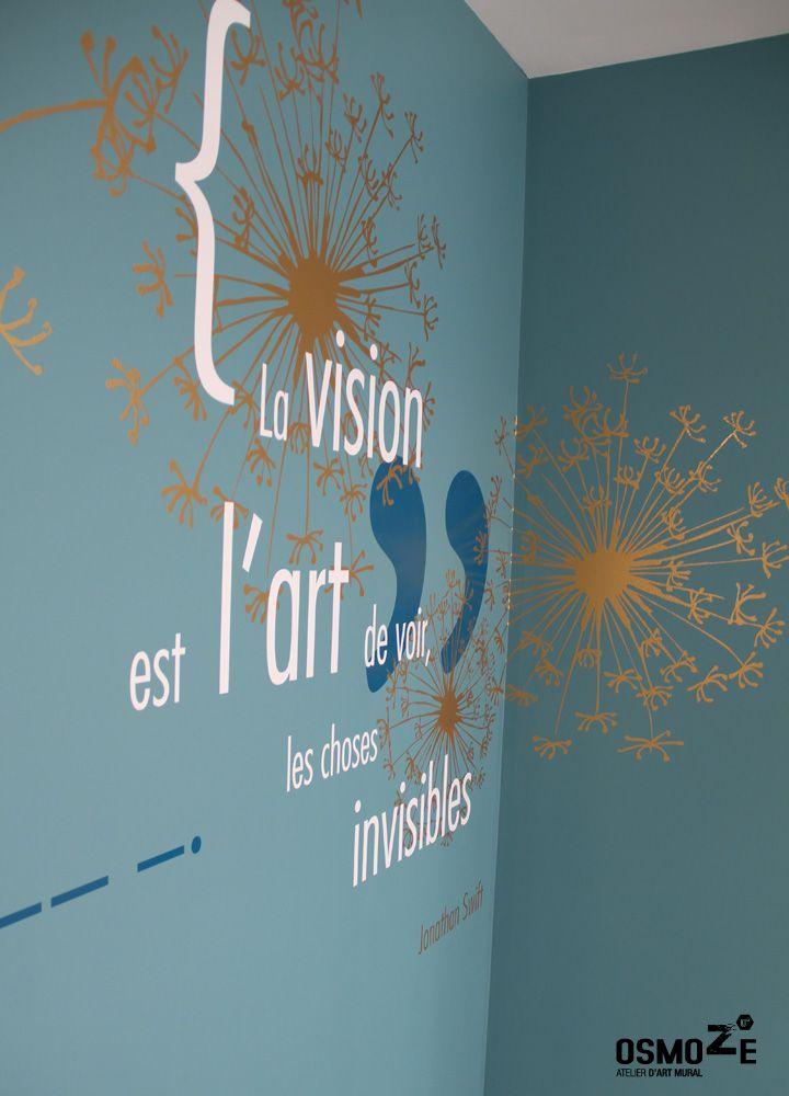 Décoration murale vitrophanie design poly clinique salle attente art mural doré blois