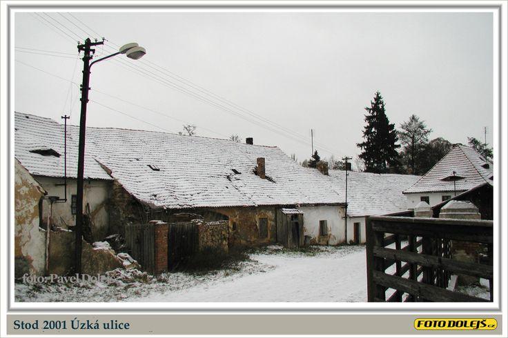2001 Stod, Úzká ulice, Foto Pavel Dolejš.