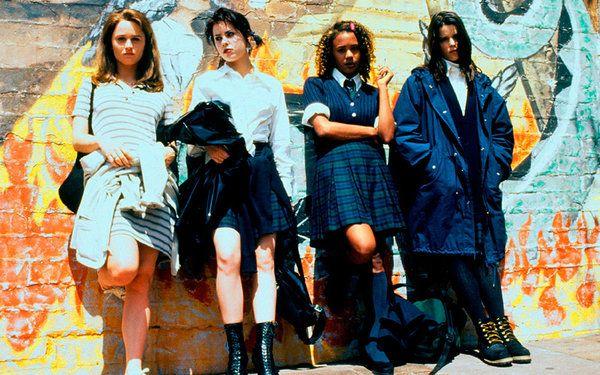 Sarah Bailey (Robin Tunney), Nancy Downs (Fairuza Balk), Rochelle (Rachel True), Bonnie (Neve Campbell) - Jóvenes y brujas (1996)