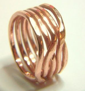 Copper Woven Stacked Ring Tutorial:  I tried this and it was so easy and turned out great!  http://www.lisayangjewelry.com/2013/07/free-tutorial-copper-woven-stacked-ring.html