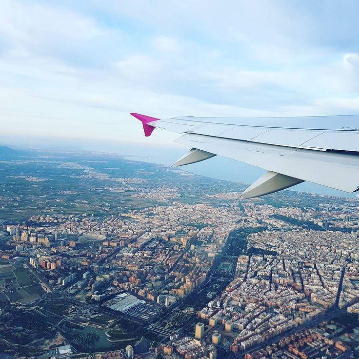 #Valencia vista del #avion. w/ @wizzaircom #travel #instatravel #visitvalencia #Spain #españa