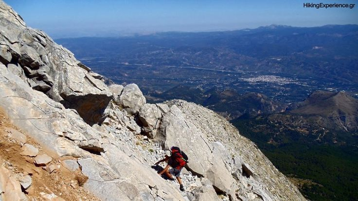 Why do people climb mountains? – HikingExperience.gr