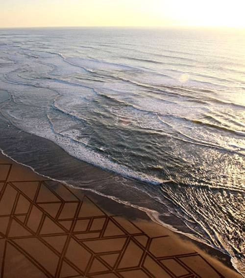 Artist Jim Denevan Creates Large Scale Beach Drawings Using A Driftwood Stick Creating Unbelievable