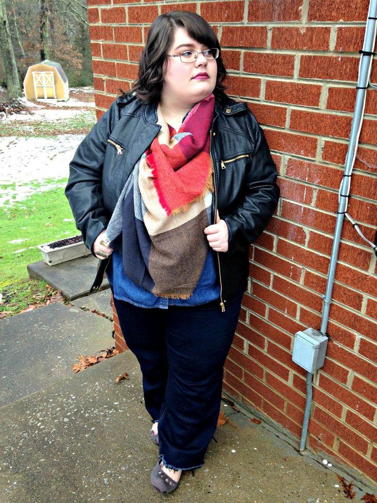 Unique Geek: Plus Size OOTD: Blanket Scarf Weather: