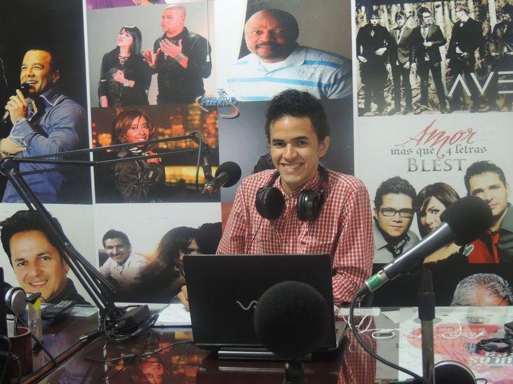 JUAN MANOTA EN EL PROGRAMA COMPLACENCIAS MUSICALES