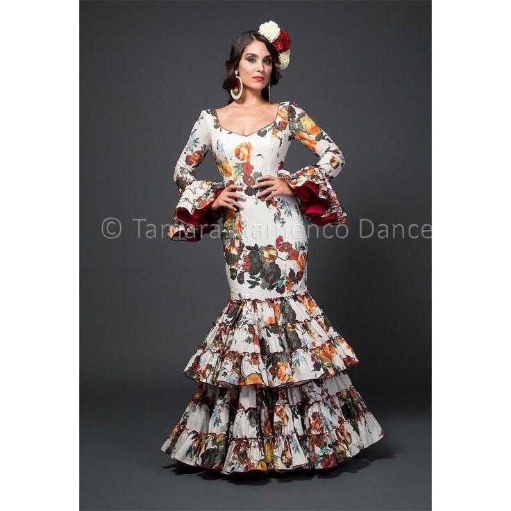 Modelo Ana de la coleccion Tamara Flamenco Dance 2015 https://www.tamaraflamenco.com/es/ana/trajes-de-flamenca-2015-mujer-545#.VdbvWvntlBc