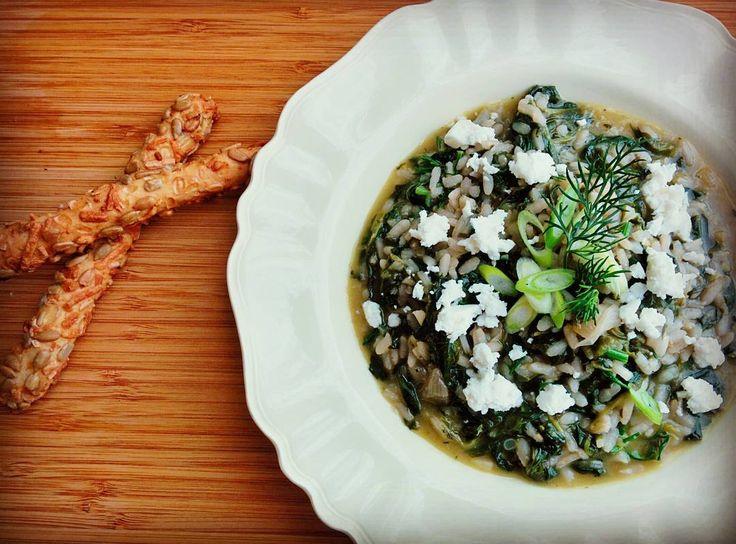"""""""Σπανακόρυζο αρωματικό και λεμονένιο. #spinach #risotto #lemonzest #lemonjuice #dill #springonions #fetacheese #mimiscooks thanks @akis_petretzikis"""""""