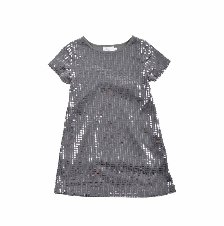 Vestido para niña, bordado con lentejuelas, todo en color gris.