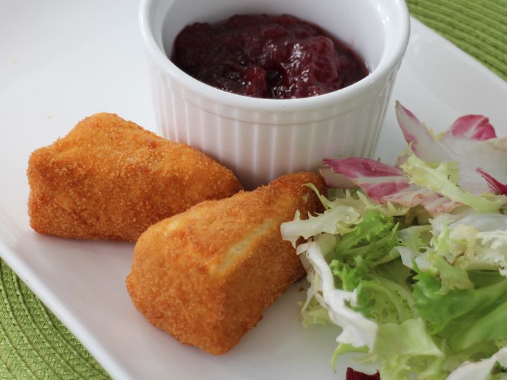 Easy and tasty deep-fried Brie recipe